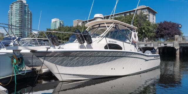 2017 30′ Grady-White Marlin 300